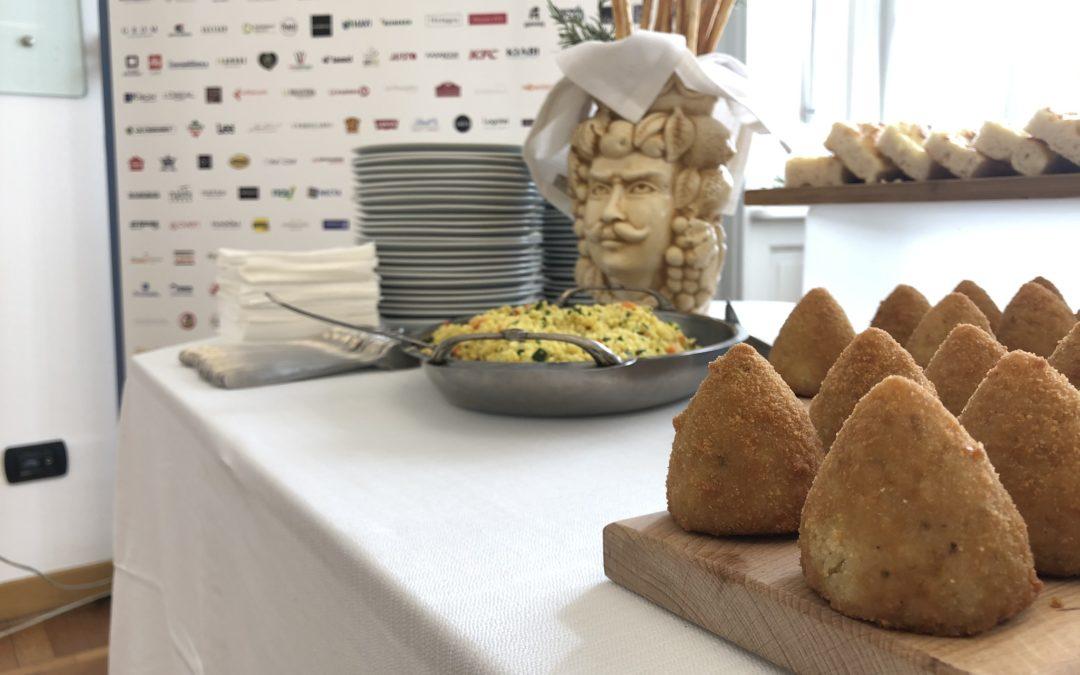Arancino o Arancina? Storia della più celebre pietanza Siciliana